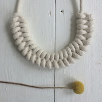 Natural knotted rope necklace