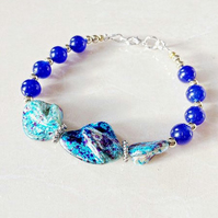 Ladies Bracelet in Turquoise Mother of Pearl
