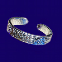 Patterned Adjustable Sterling Silver Band Ring With Open Back