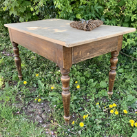 Victorian scrub top table