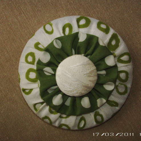 CLEARANCE brooch in green white polka dot fabric
