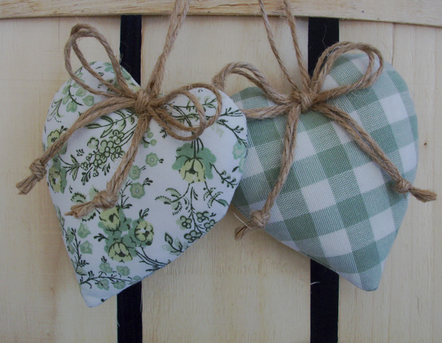 Heart door hangers in green floral and check