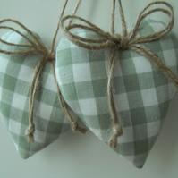 Door hangers green gingham hearts