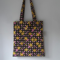 Tote bag with long handles in funky fabric