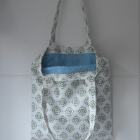 Shopping tote bag white with green print
