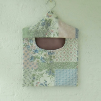 Peg bag in mock patchwork fabric clothes pins bag