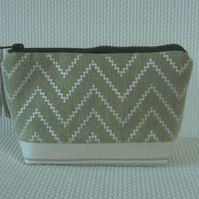 Make up bag in green fabrics