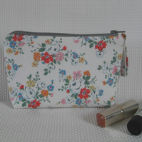 Make up bag in Kidston floral fabric with rosali check lining
