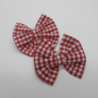 Pair of hair bows