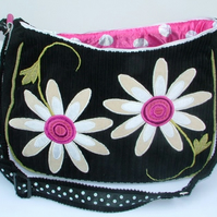 BLACK, CREAM & PINK DAISY HANDBAG