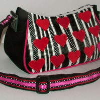 Hearts and kisses - Red and pink striped handbag