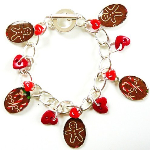 I love gingerbread men and candy canes charm bracelet