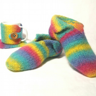 Stripey Felt Slipper Knitting Pattern