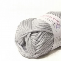 Silver Grey Felting Wool knitting Yarn Uni 50