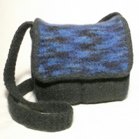 Charlie Felt Satchel knitting Pattern