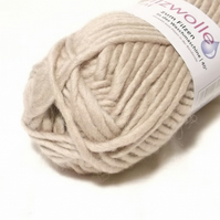 Tan Brown Felting Wool knitting Yarn Uni 51