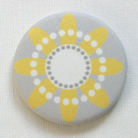 Yellow Daisy Fabric Pocket Mirror