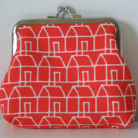 Red House coin purse