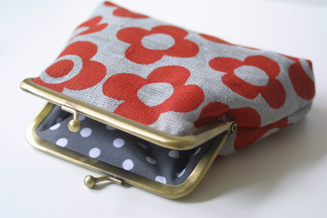 Sale Red Mod Flower purse