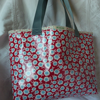 oilcloth shopper made with Celia Birtwell fabric