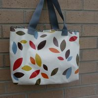 falling leaves shopper