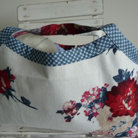 Blooming Rose Knitting Bag