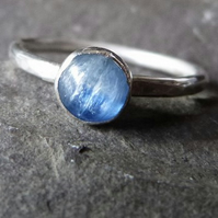 Sterling silver ring with blue kyanite - UK size N - dreamy denim blue