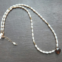 Freshwater pearl, beer quartz and gold vermeil necklace - Smoky Pearl