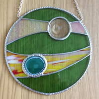 Abstract green circular suncatcher (0342)