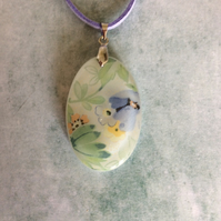 Fused glass floral pendant (0367)