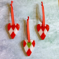 Set of three mini harlequin hearts (0390)