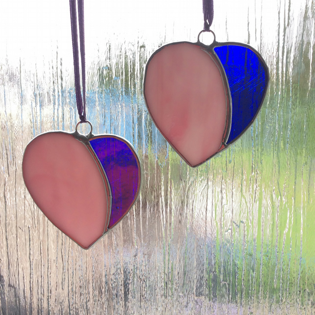 Two tone hanging hearts (0416)