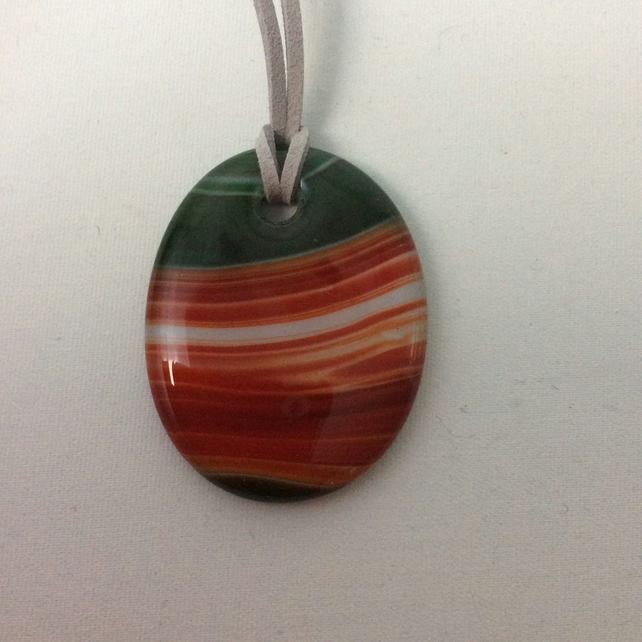 Red oval striped pendant  (0477)