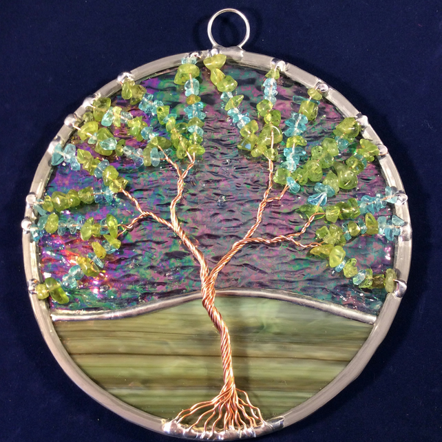 Apatite and peridot tree of life suncatcher  (0540)