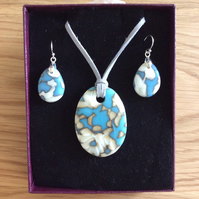 Fused glass pendant and earrings set  (0542)