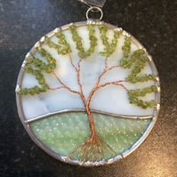 Peridot tree of life suncatcher (0585)