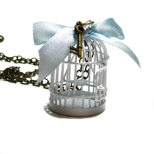 FREE AS A BIRD Vintage style bird cage pendant necklace