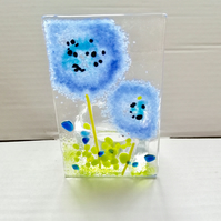 Blue flower tealight holder