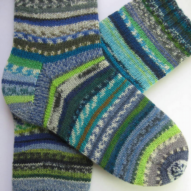 hand knit mens wool socks UK 8-10