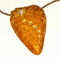 Gold Lacey Heart Pendant