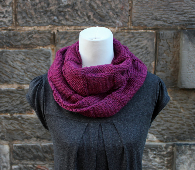 Cranberry scarf knitted chunky circle, knitwear UK
