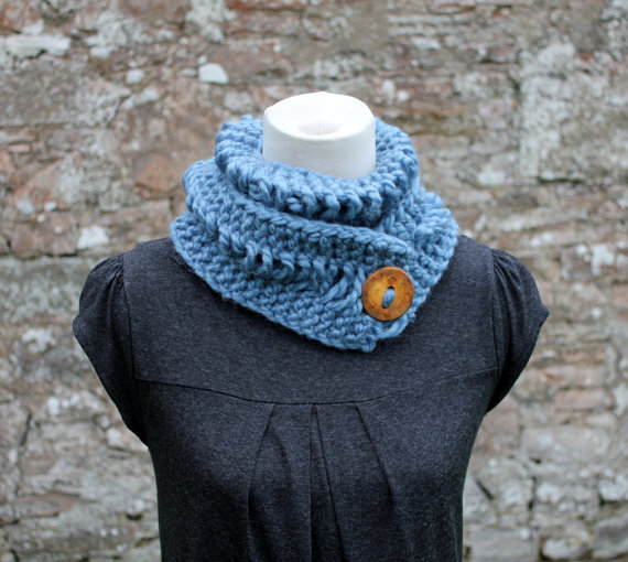 Light blue chunky knitted lace button scarf, neckwear, gift guide, knitwear UK