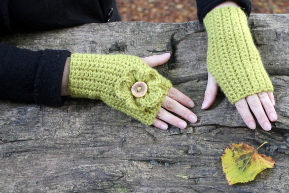 Flower mittens, fingerless gloves, womens valentine gift, knitwear UK