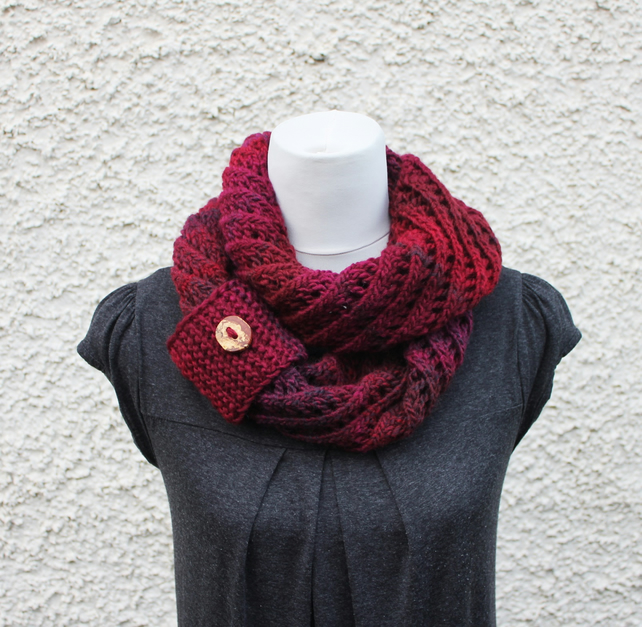 Burgundy scarf knitted chunky womens, knitwear UK