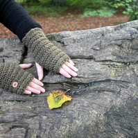 Fingerless gloves, wrist warmers, brown