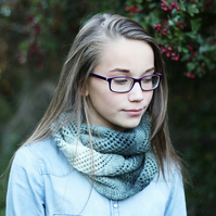 Knitted infinity scarf cowl