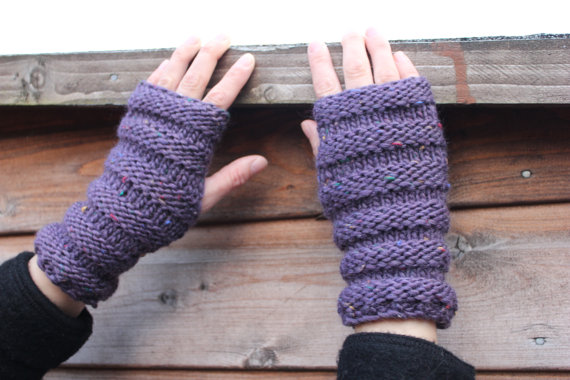 Fingerless gloves, mittens, hand warmers, gift guide for her