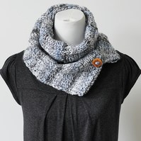 Handknit button scarf, womens chunky neckwear, gift guide for her