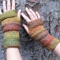 Fingerless gloves, womens knitted mittens, gift guide