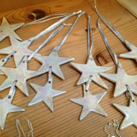 Duo christmas star white & mother of pearl lustre ceramic hanging decoration